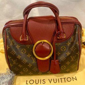 ⭐HP⭐️Louis Vuitton LE Golden Arrow Speedy 30 Bag